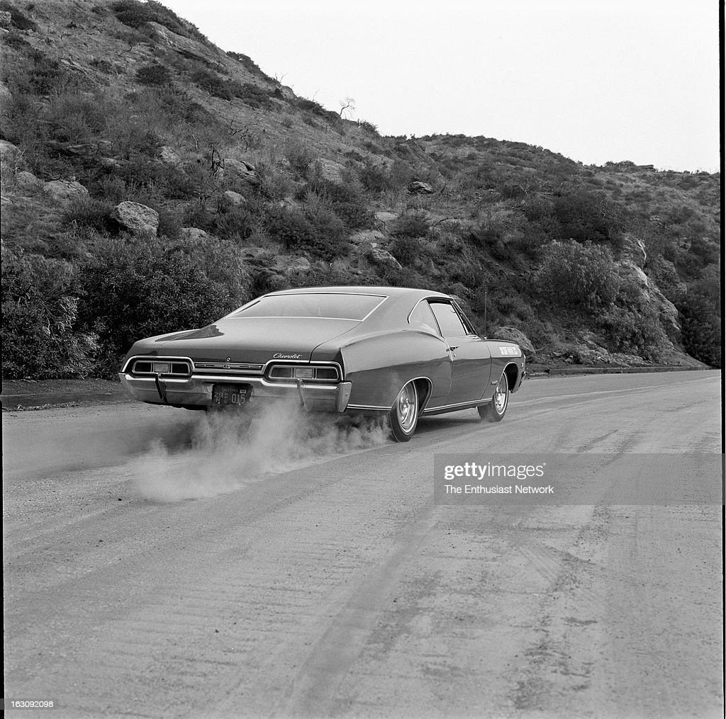 Impala 1967 black chevrolet impala : 1967 Chevrolet Impala SS 396 Car Club Road Test Pictures | Getty ...