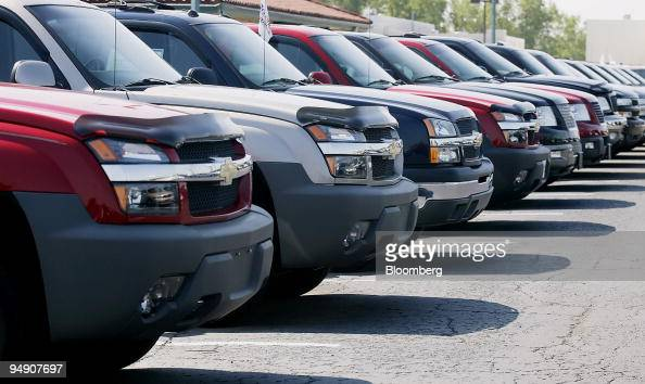 Bobby Layman Chevrolet >> Chevrolet Trucks Are Lined Up On The Lot Of Bobby Layman