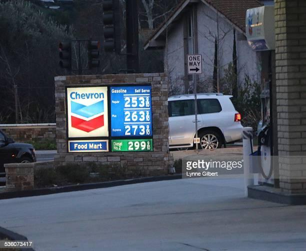 Chevron gas station in Thousand Oaks CA