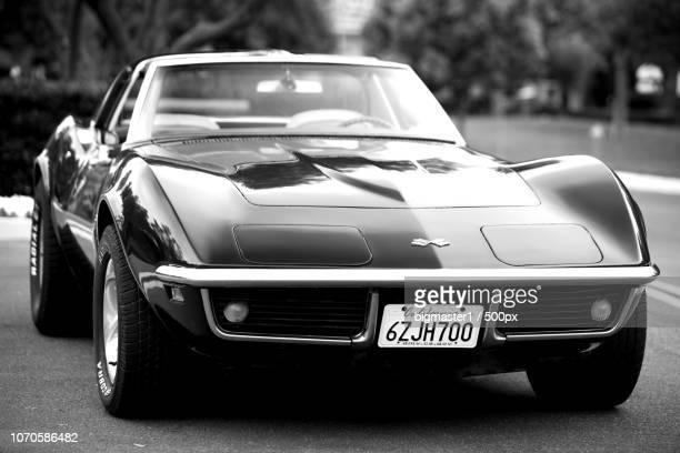 1960 chevy corvette stingray meets canon 5ds - 1960 corvette stock pictures, royalty-free photos & images
