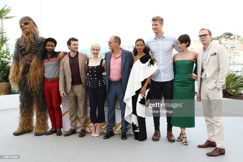 """""""Solo:  A Star Wars Story"""" Photocall - The 71st Annual Cannes Film Festival : News Photo"""