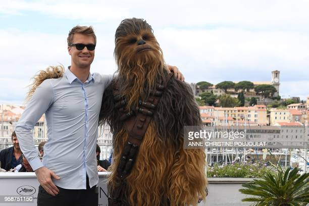 "Chewbacca and Finnish actor Joonas Suotamo who plays Chewbacca, pose on May 15, 2018 during a photocall for the film ""Solo : A Star Wars Story"" at..."