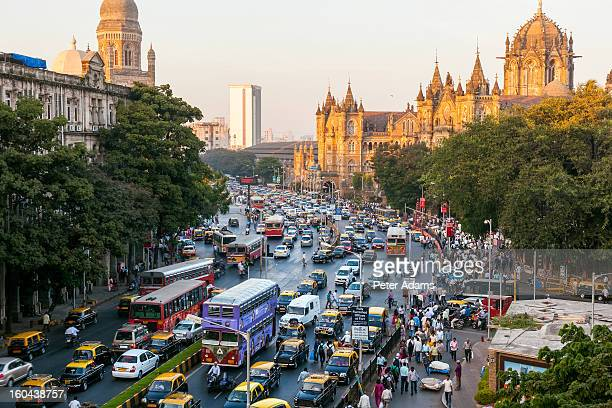 chhatrapati shivaji terminus train station, mumbai - traffic stock pictures, royalty-free photos & images