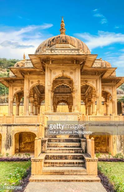 chhatri of gaitor, cenotaph for the royal family, jaipur, rajasthan, india, - the cenotaph stock pictures, royalty-free photos & images