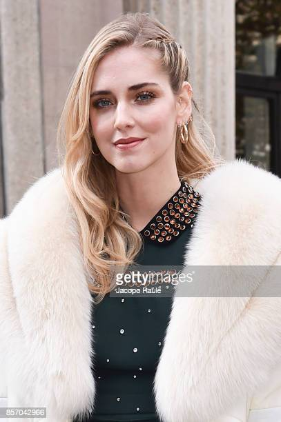 Chiara Ferragni is seen arriving at Miu Miu show during Paris Fashion Week Womenswear Spring/Summer 2018 on October 3 2017 in Paris France