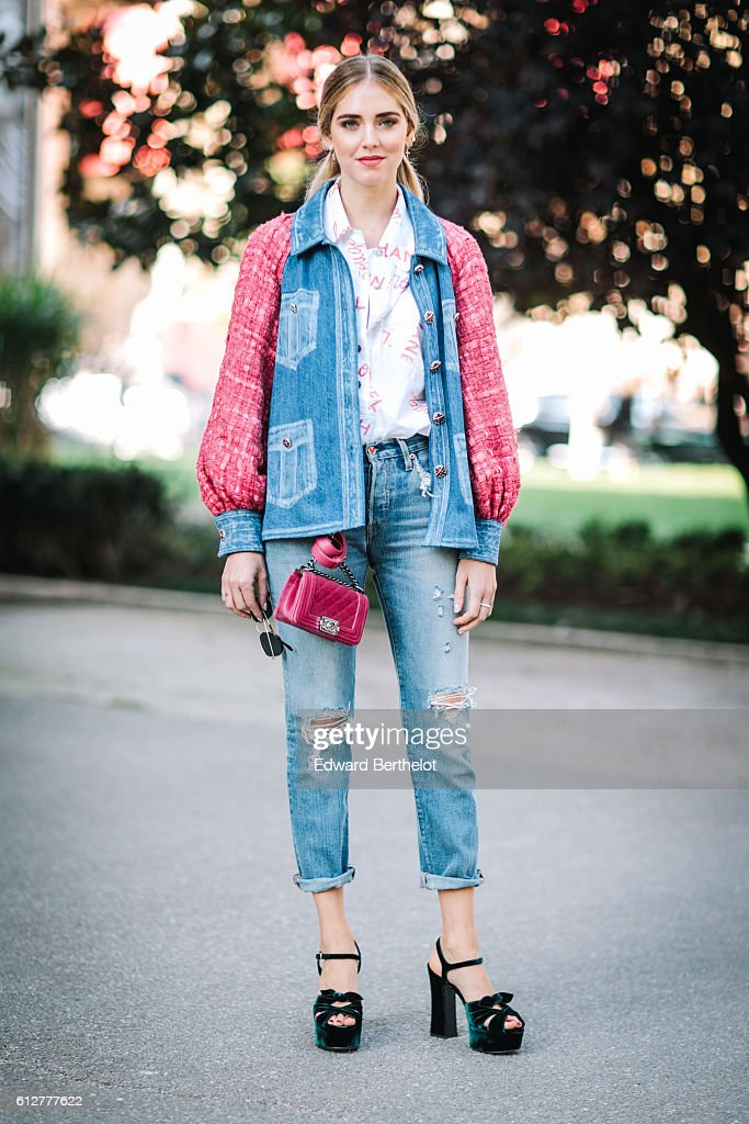 Street Style : Day Eight - Paris Fashion Week Spring/Summer 2017 : News Photo