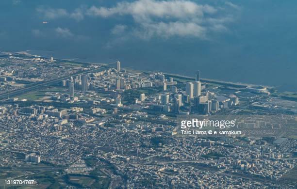 chiba city of japan aerial view from airplane - chiba city fotografías e imágenes de stock
