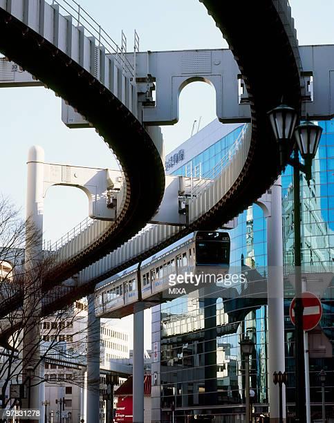 chiba urban monorail, chiba, japan - chiba city fotografías e imágenes de stock