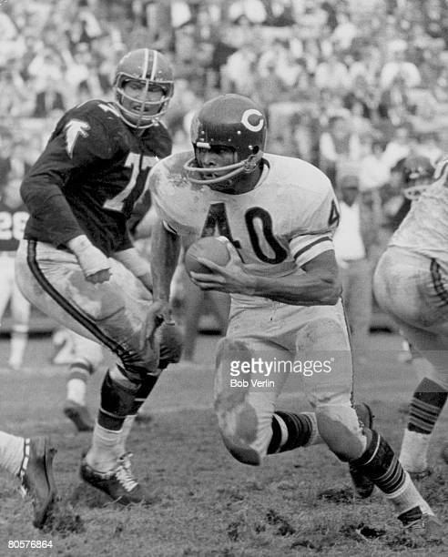 Chicago Bears Hall of Fame running back Gale Sayers on a carry in a 2314 win over the Atlanta Falcons on December 17 at Atlanta Fulton County Stadium...