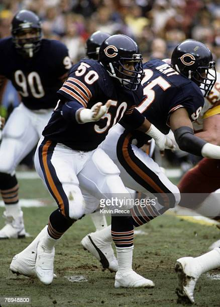 Chicago Bears linebacker Mike Singletary in action during the Bears 2319 victory over the Washington Redskins in the 1984 NFC Divisional Playoff Game...