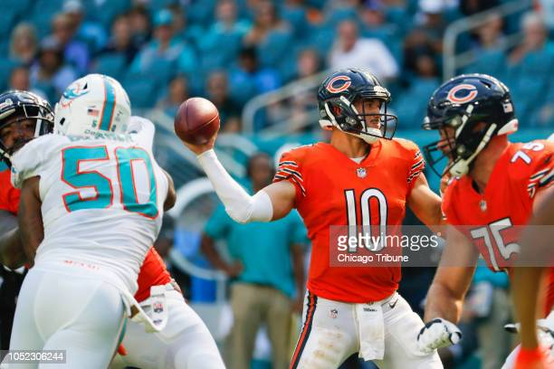Chicago Bears quarterback Mitch Trubisky throws a touchdown to Chicago Bears wide receiver Allen Robinson in the third quarter against the Miami...