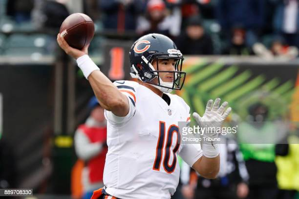 Chicago Bears quarterback Mitch Trubisky throws a touchdown to Chicago Bears tight end Adam Shaheen in the fourth quarter against the Cincinnati...