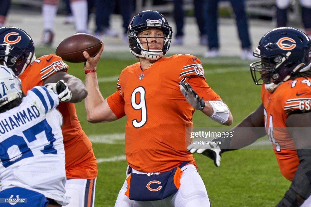 NFL: OCT 04 Colts at Bears : News Photo