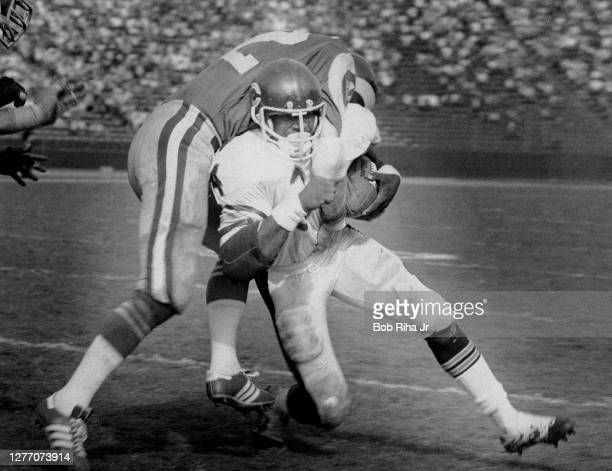Chicago Bears rookie running back Walter Payton gets a short gain during game action against Los Angeles Rams, November 23, 1975 in Los Angeles,...