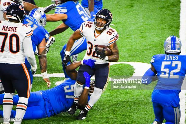 Chicago Bears running back David Montgomery is held up at the line by Detroit Lions defensive tackle Nick Williams during the Detroit Lions versus...