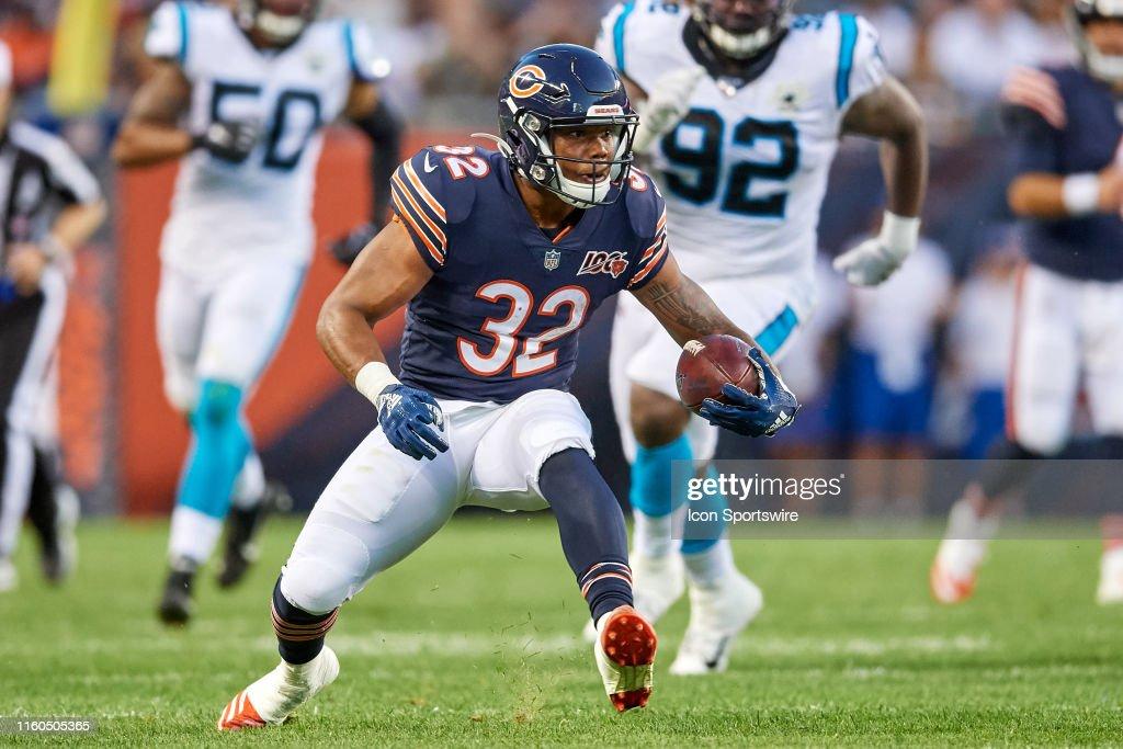 NFL: AUG 08 Preseason - Panthers at Bears : News Photo