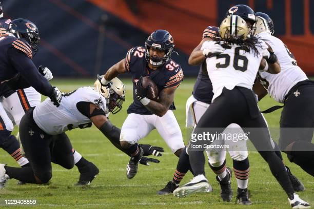 Chicago Bears running back David Montgomery runs with the football in action during a game between the Chicago Bears and the New Orleans Saints on...