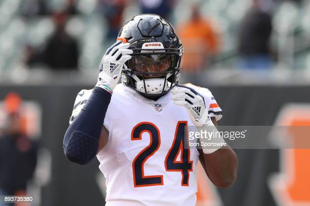 Chicago Bears running back Jordan Howard warms up before the game against the Chicago Bears and the Cincinnati Bengals on December 10th 2017 at Paul...