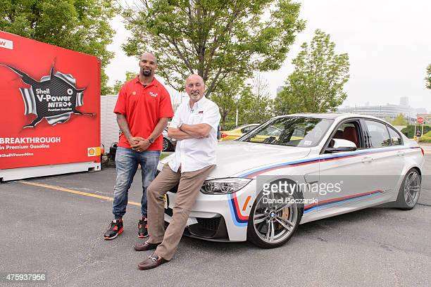 Chicago Bears running back Matt Forte and racing legend Bobby Rahal drove an honorary leg of the Shell VPower NiTRO Drivers Relay through Chicago in...
