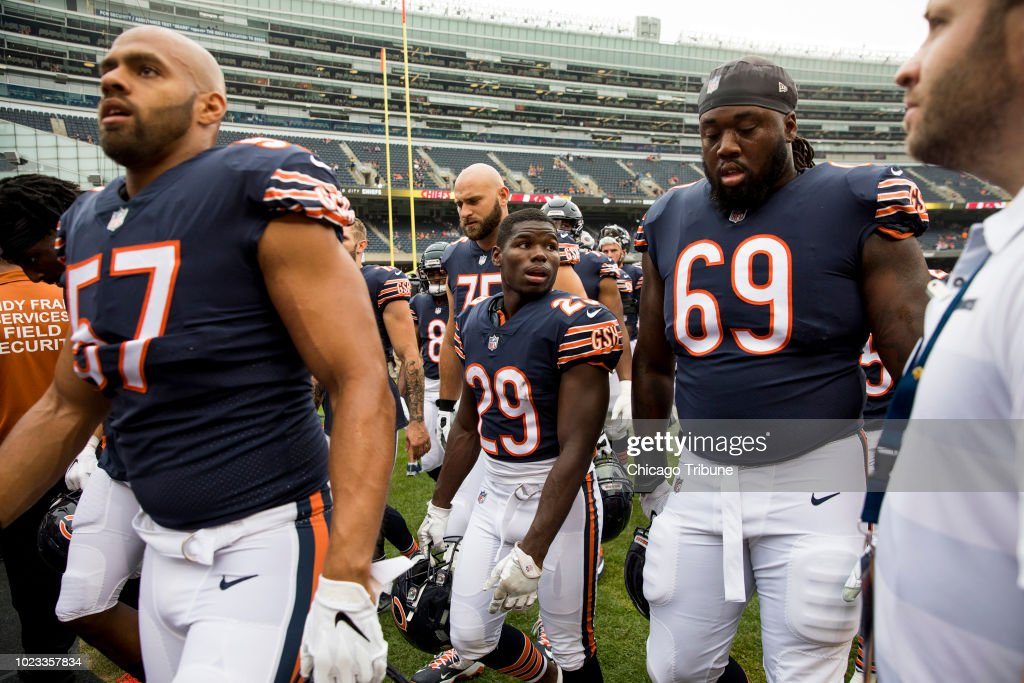 ecd513dd608 Chicago Bears running back Tarik Cohen walks off the field with ...