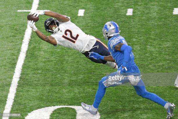 Chicago Bears wide receiver Allen Robinson actches a pass during the second half of an NFL football game against the Detroit Lions in Detroit,...