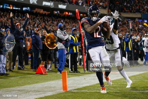 Chicago Bears wide receiver Allen Robinson catches a ball for a touchdown as Philadelphia Eagles free safety Avonte Maddox defends in the fourth...