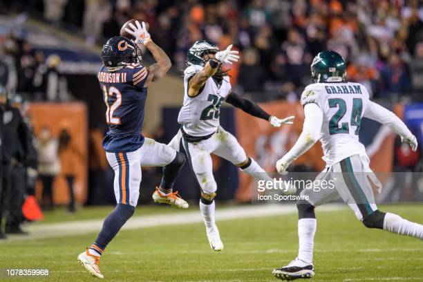 Chicago Bears wide receiver Allen Robinson makes a catch in the 4th quarter during an NFL NFC Wild Card football game between the Philadelphia Eagles...