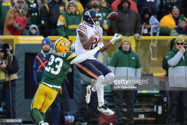 Chicago Bears wide receiver Allen Robinson tries to catch a pass with Green Bay Packers cornerback Jaire Alexander trying to break up the play during...