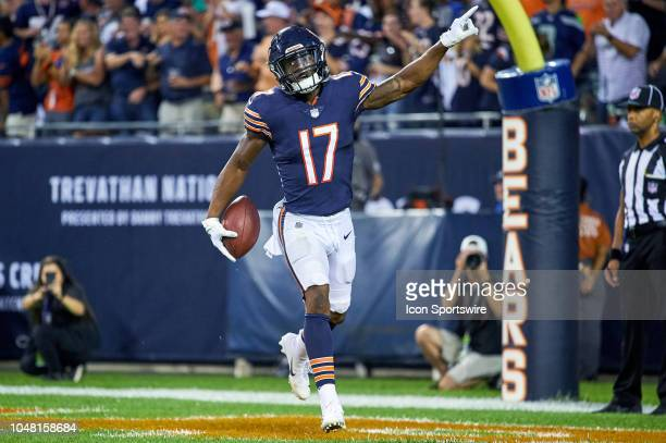 Chicago Bears wide receiver Anthony Miller celebrates after scoring a touchdown in game action during an NFL game between the Chicago Bears and the...