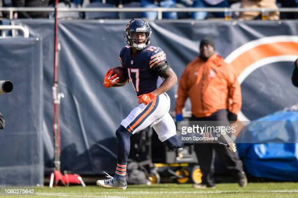 Chicago Bears wide receiver Anthony Miller runs for a touchdown after a catch in the 2nd quarter during an NFL football game between the Detroit...