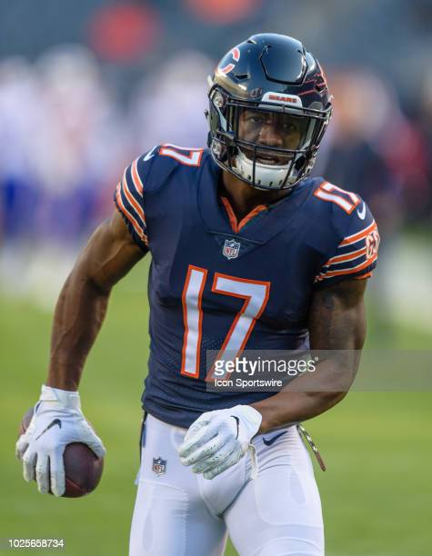 Chicago Bears wide receiver Anthony Miller warms up before an NFL preseason football game between the Buffalo Bills and the Chicago Bears on August...