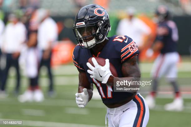 Chicago Bears wide receiver Anthony Miller warms up before the preseason game against the Chicago Bears and the Cincinnati Bengals on August 9th 2018...