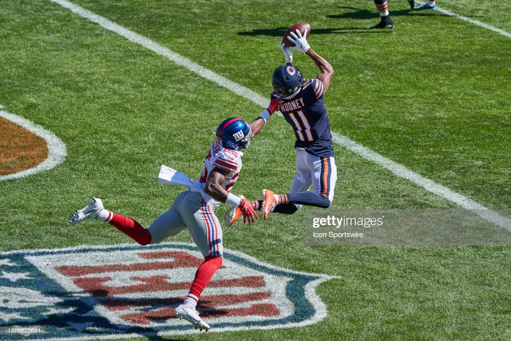 NFL: SEP 20 Giants at Bears : News Photo