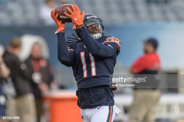Chicago Bears wide receiver Kevin White warms up during an NFL preseason football game between the Cleveland Browns and the Chicago Bears on August...