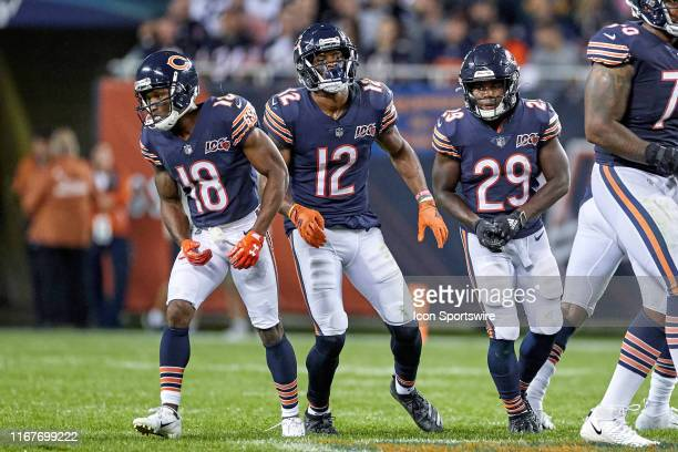 Chicago Bears wide receiver Taylor Gabriel , Chicago Bears wide receiver Allen Robinson and Chicago Bears running back Tarik Cohen prepare to take...