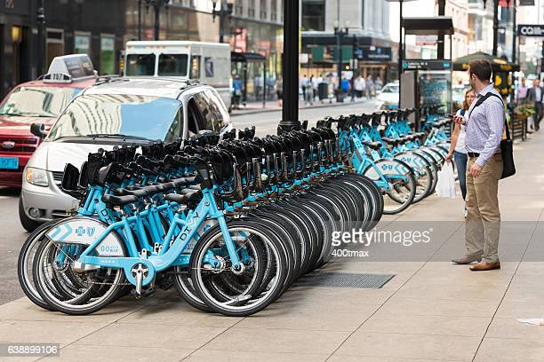 chicago bike sharing - idiots stock pictures, royalty-free photos & images