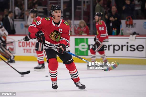 Chicago Blackhawks center Jonathan Toews warms up prior to a game between the Chicago Blackhawks and the Anaheim Ducks on February 15 at the United...