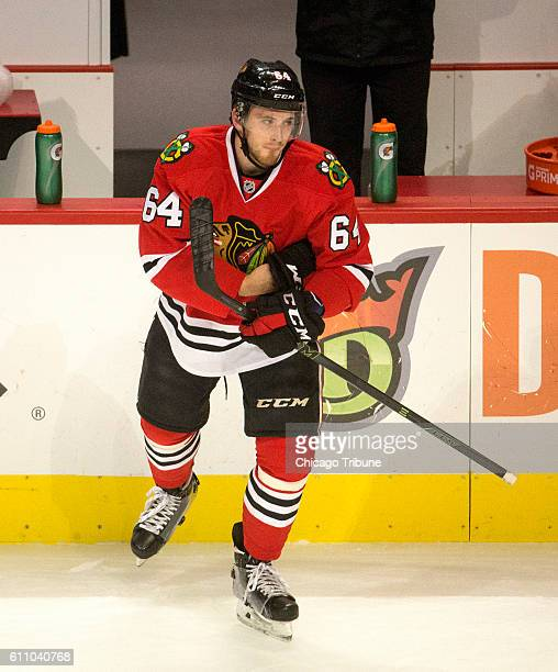 Chicago Blackhawks center Tyler Motte warms up before a preseason game against the Pittsburgh Penguins on Wednesday Sept 28 at the United Center in...