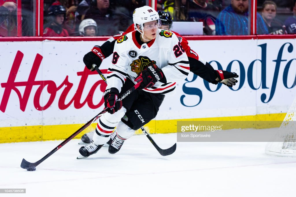NHL: OCT 04 Blackhawks at Senators : News Photo
