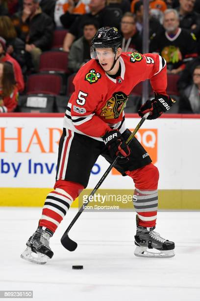 Chicago Blackhawks defenseman Connor Murphy controls the puck in the third period during a game between the Chicago Blackhawks and the Philadelphia...