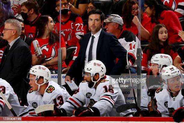 Chicago Blackhawks head coach Jeremy Colliton watches during a game against the New Jersey Devils at Prudential Center on October 15, 2021 in Newark,...