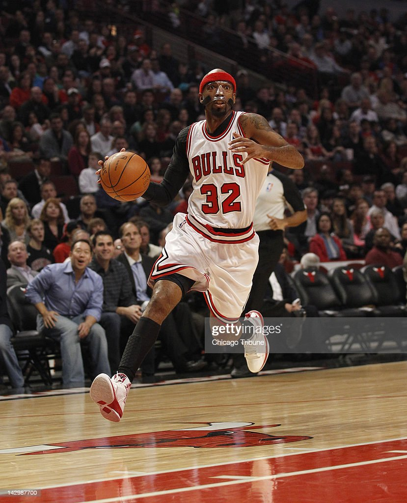 Chicago Bulls shooting guard Richard Hamilton (32) drives to the basket on a breakaway during the first half of their game against the Washington Wizards at the United Center in Chicago, Illinois on Monday, April 16, 2012.