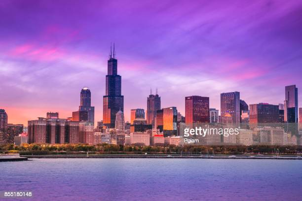 chicago cityscape looking out from the adler planetarium across lake michigan in illinois usa - chicago skyline stock photos and pictures