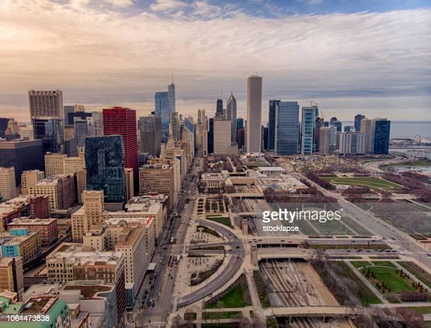 chicago stadsbilden millenium park flygfoto - millenium park bildbanksfoton och bilder