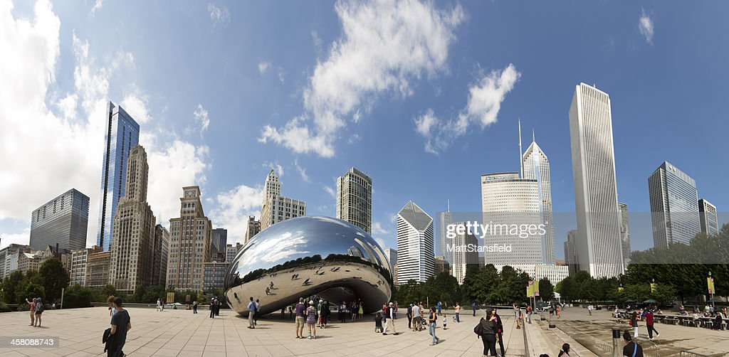Chicago Cloud Gate : Stock Photo