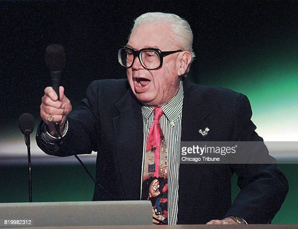 Chicago Cubs annoucer Harry Caray leads the delegates in the singing of ''Take Me Out to the Ballgame'' in a 1998 file image