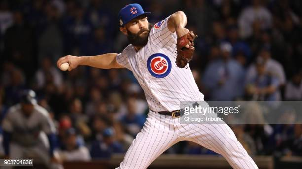 Chicago Cubs starting pitcher Jake Arrieta works against the Los Angeles Dodgers during Game 4 of the National League Championship Series at Wrigley...