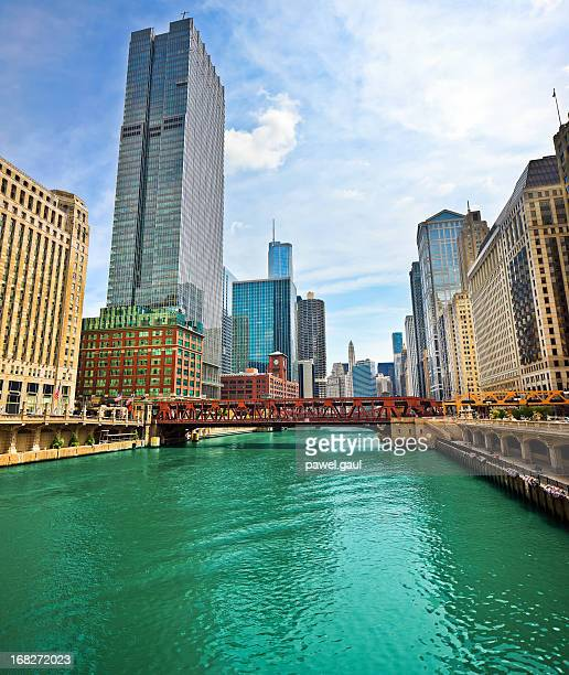 chicago financial district - chicago river stock pictures, royalty-free photos & images