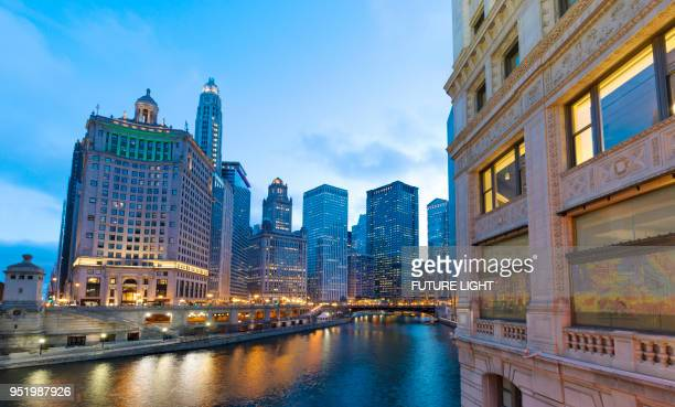 chicago financial district river, illinois, usa, north america - cook county illinois stock photos and pictures