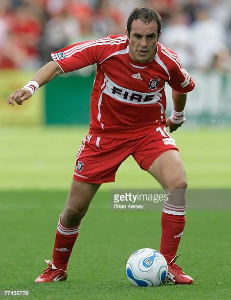Chicago Fire's Cuauhtemoc Blanco brings the ball up the field during the second half of an MLS game against the Los Angeles Galaxy at Toyota Park on...